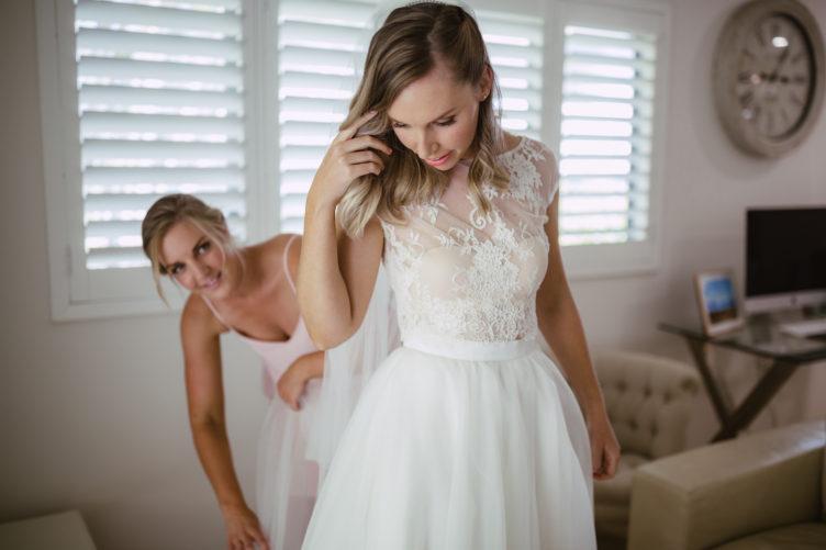 gorgeous wedding hair and makeup by sydney makeup artist Nicola Johnson